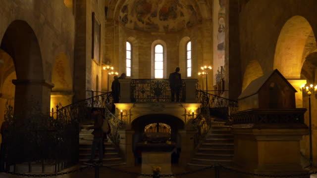 prague st. george's basilica (bazilika sv. jiří) inside - hradcany castle stock videos & royalty-free footage