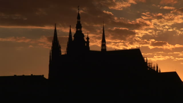 pragueprague castle at magic hour in prague czech republic - traditionally czech stock videos & royalty-free footage