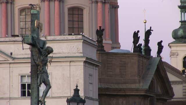 vídeos y material grabado en eventos de stock de pragueview of a monument in prague czech republic - cultura checa
