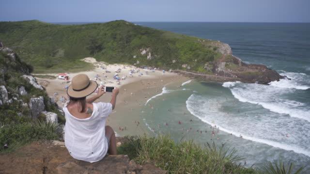 vídeos y material grabado en eventos de stock de praia da guarita, torres, rio grande do sul. - praia