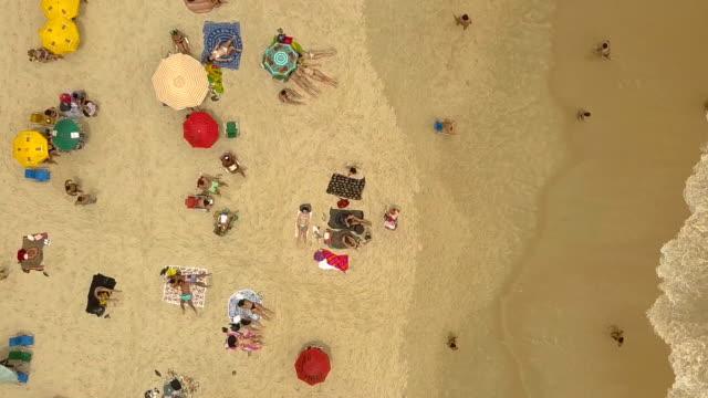 vídeos y material grabado en eventos de stock de playa de ipanema - praia