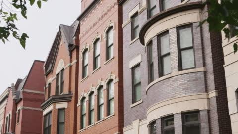 vídeos y material grabado en eventos de stock de ms pan prairie district apartments day - ladrillo