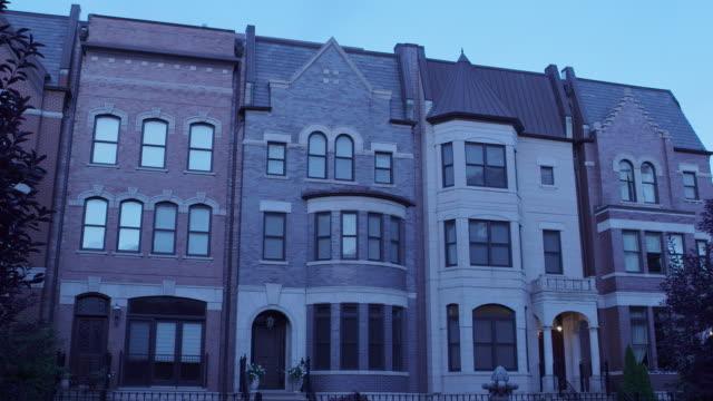 ws tu prairie district apartments night - row house stock videos & royalty-free footage