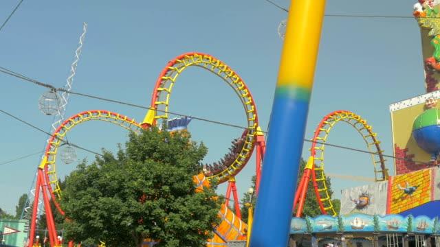prater fairground.roller coaster - プラーター公園点の映像素材/bロール