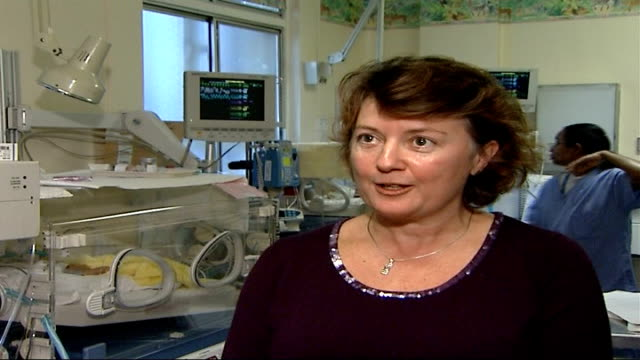 vidéos et rushes de parents and professionals express concern over proposed guidelines on care dr jane hawdon interview sot inaccuracy of dating number of weeks we could... - bébé de 0 à 6 mois