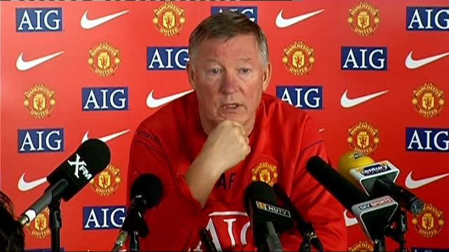 Manchester United Sir Alex Ferguson press conference ENGLAND Manchester Old Trafford INT Sir Alex Ferguson press conference SOT Discusses who was a...