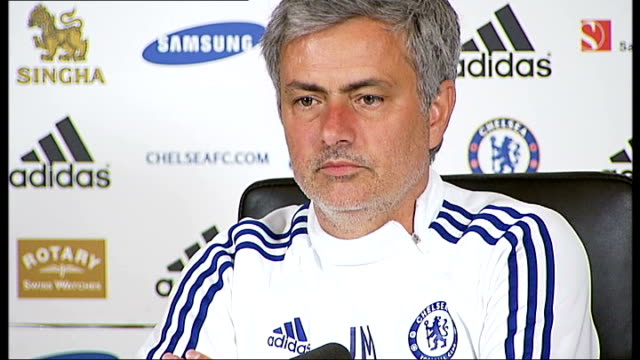 surrey cobham int jose mourinho press conference sot re forthcoming match against liverpool and whether he will field a weakened team/ i don't feel... - コブハム点の映像素材/bロール