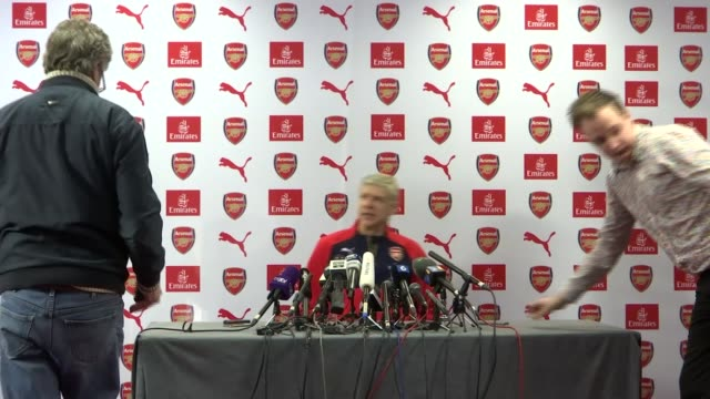 preview of arsenal v tottenham hotspur hertfordshire london colney int arsene wenger arriving at press conference arsene wenger press conference sot... - mathematician stock videos & royalty-free footage