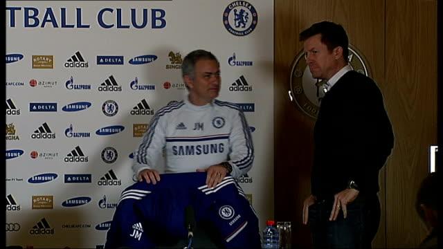 cobham int jose mourinho taking seat at press conference - コブハム点の映像素材/bロール