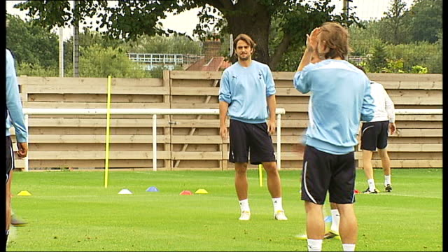 tottenham hotspur training england essex chigwell spurs lodge ext peter crouch and jermain defoe training / tottenham players training / crouch... - tottenham hotspur f.c stock videos & royalty-free footage