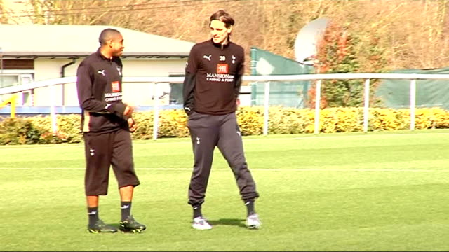 Tottenham Hotspur training ENGLAND Essex Chigwell Spurs Lodge EXT Tottenham Hotspur players training Jonathan Woodgate talking to Wilson Palacios...