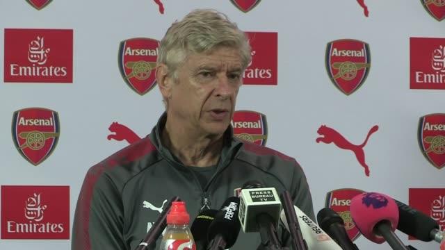 transfer window to close before start of season Hertfordshire London Colney INT Arsene Wenger press conference SOT