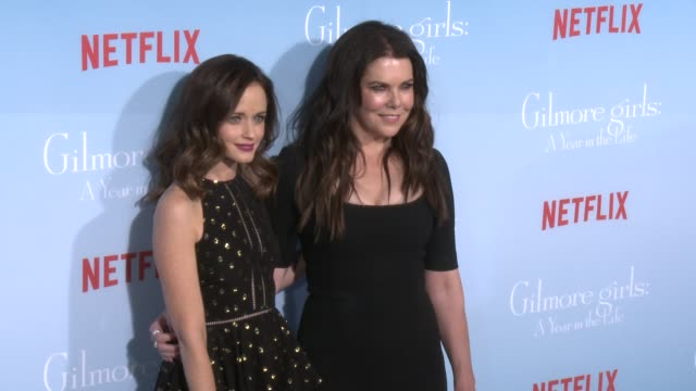 CLEAN Premiere of Netflix's Gilmore Girls A Year In The Life at Regency Bruin Theater on November 18 2016 in Westwood California