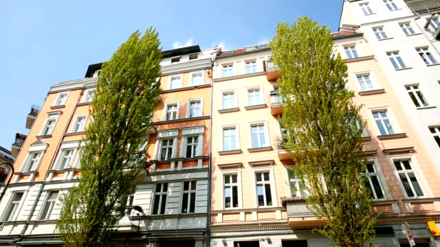 prenzlauer berg in berlin, realtime - apartment stock videos & royalty-free footage