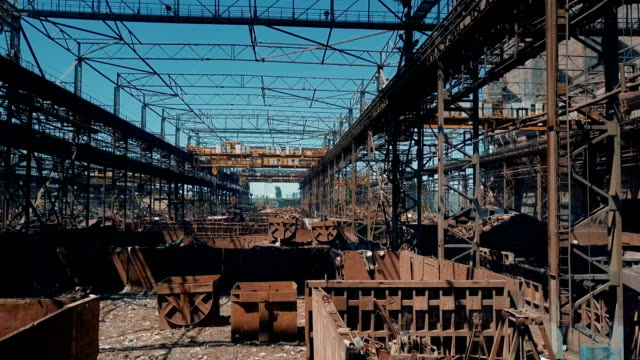 preparation of materials at metallurgy plant - metallurgy stock videos & royalty-free footage