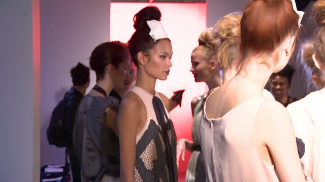 vídeos y material grabado en eventos de stock de preparations before the bora aksu spring/summer 2011 at london fashion week at the bora aksu: london fashion week s/s 2011 at london england. - territorios franceses de ultramar