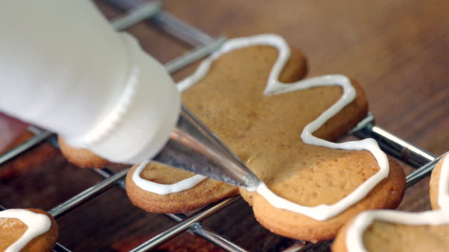 Preparing and Decorating Gingerbread Christmas Cookies