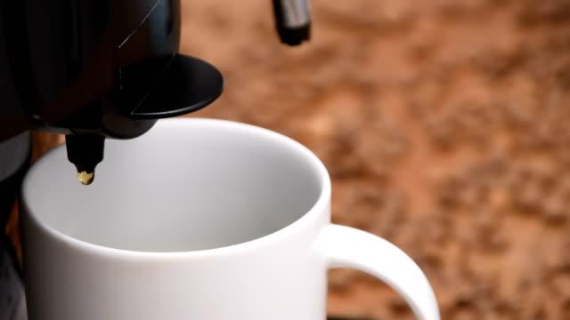 preparing cappuccino, coffee - coffee drink stock videos & royalty-free footage