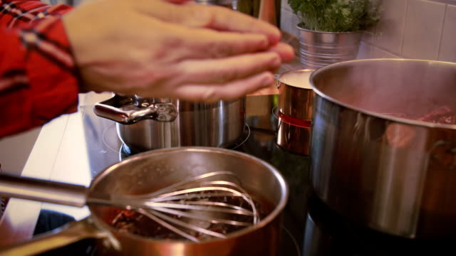 Preparing Cranberry Sauce