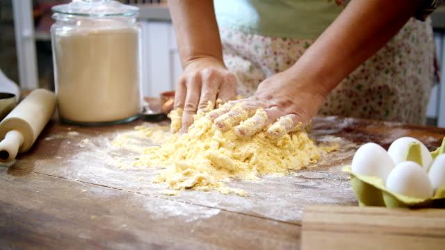 Förbereda hemlagad Pasta