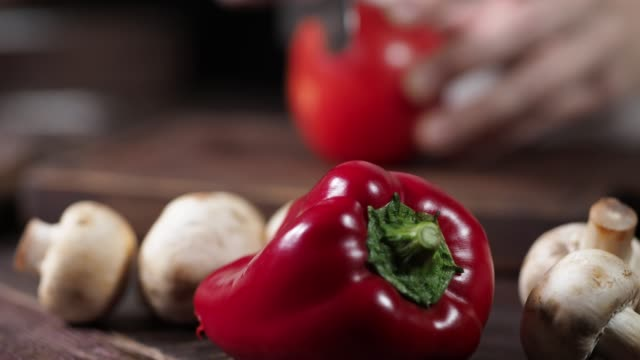 preparing homemade pizza - red bell pepper stock videos & royalty-free footage