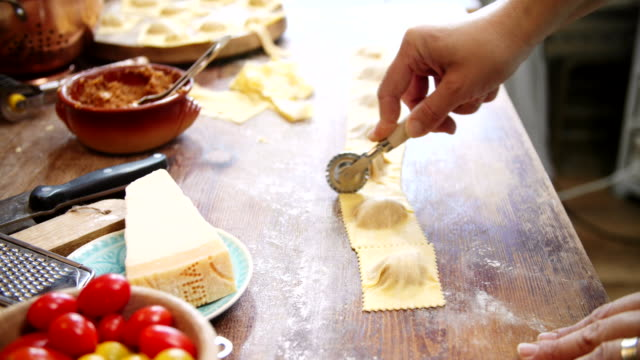 preparing homemade ravioli pasta - pasta video stock e b–roll