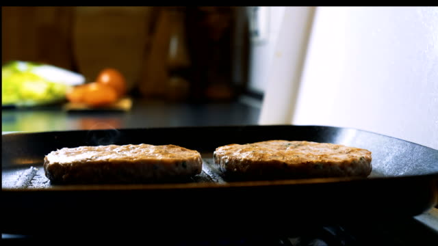 preparing vegan burgers - vegan food stock videos & royalty-free footage