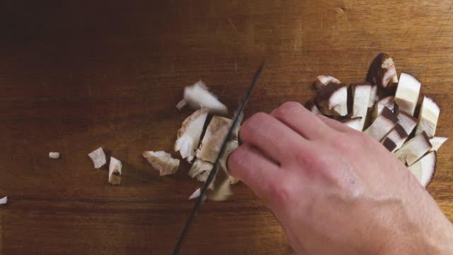 Wilde Pilze vorbereiten, Kochen