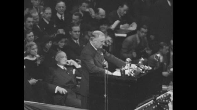 vídeos y material grabado en eventos de stock de sot pres franklin roosevelt during campaign speech at madison square garden our vision for the future contains more than promises this is our answer... - franklin roosevelt