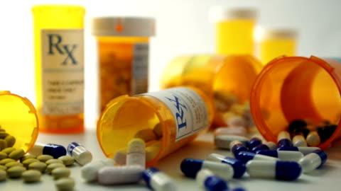 prescription pills - dålig vana bildbanksvideor och videomaterial från bakom kulisserna