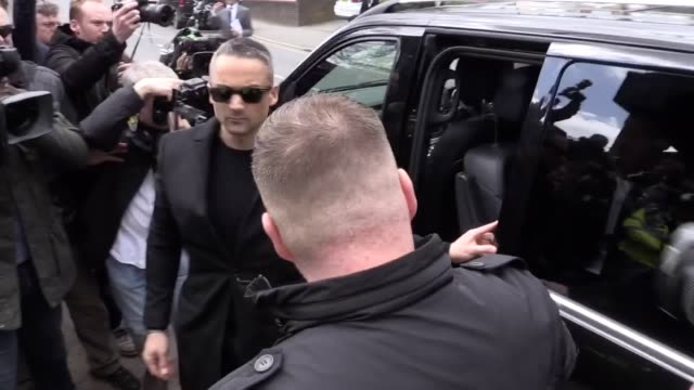 stockvideo's en b-roll-footage met tv presenter ant mcpartlin arrives at wimbledon magistrates' court he is charged with drinkdriving after allegedly being involved in a collision in... - ant mcpartlin