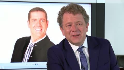 vídeos y material grabado en eventos de stock de presenter dale winton dies aged 62; int jon culshaw interview sot - dale winton