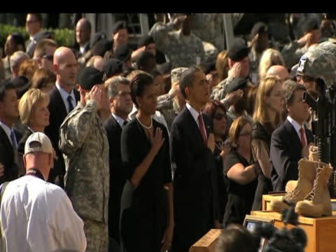 president barack obama and first lady michelle pay tribute to those who died at fort hood texas; 10 november 2009 \n - first lady stock videos & royalty-free footage