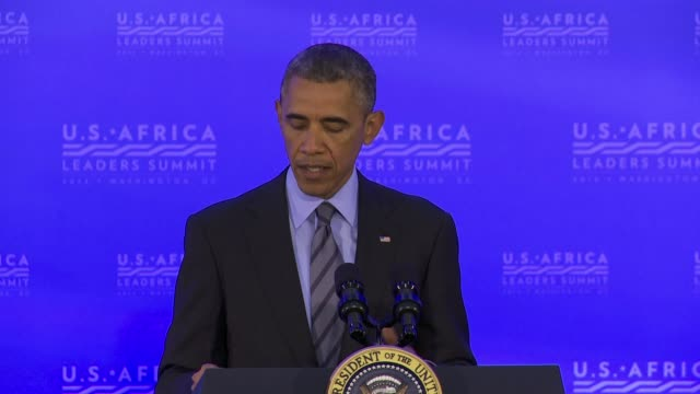 vídeos y material grabado en eventos de stock de us president barack obama comments on the ebola outbreak in africa at a press conference at the end of the africa leaders summit well i think we've... - ébola