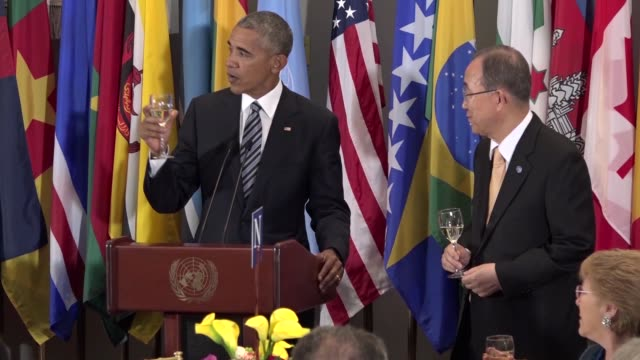 us president barack obama delivers a speech at a luncheon hosted by united nations secretarygeneral banki moon for world leaders during the united... - 2016年点の映像素材/bロール