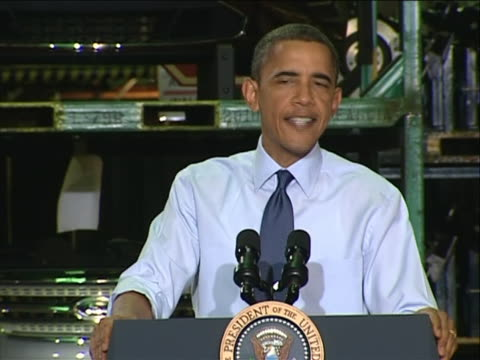 vídeos y material grabado en eventos de stock de president barack obama mentions that the big three automakers are operating at a profit during a speech at a chicago ford plant in 2010. - business or economy or employment and labor or financial market or finance or agriculture