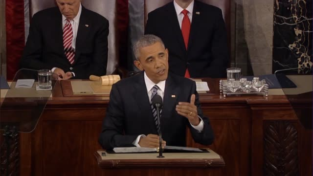 vídeos y material grabado en eventos de stock de president barack obama says in his final state of the union address coalition building and partnering with local forces worked in syria to rebuild a... - ébola
