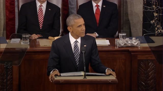 president barack obama says in his final state of the union address there is more progress to make in the economy such as areas where americans... - rede zur lage der nation usa stock-videos und b-roll-filmmaterial