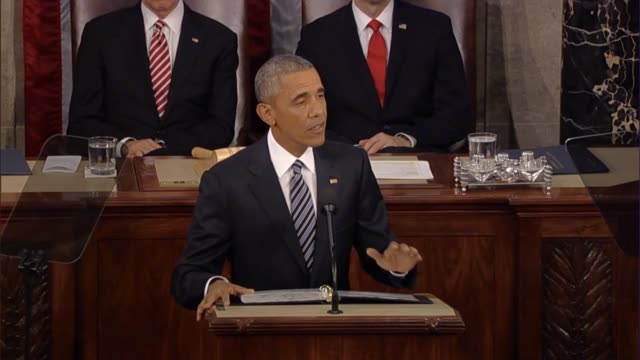 president barack obama says in his final state of the union address the skeptics peddle fiction but that americans feel anxious because the economy... - rede zur lage der nation usa stock-videos und b-roll-filmmaterial