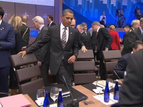 president barack obama sits down as the chicago nato summit begins. - nordatlantik stock-videos und b-roll-filmmaterial