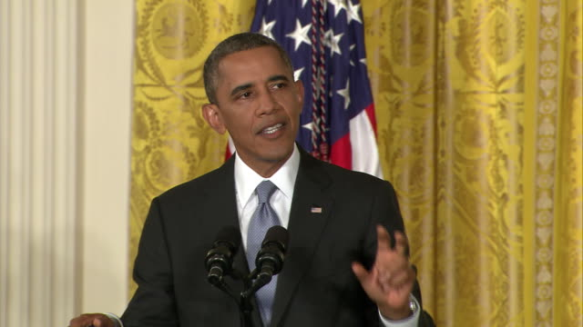 vídeos y material grabado en eventos de stock de president barack obama spells out a proposed reform to patriot act, which would ensure that an attorney would serve to oppose the government in... - united states and (politics or government)