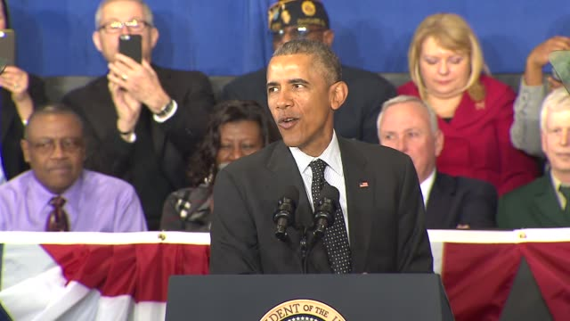 vídeos de stock, filmes e b-roll de president barack obama was in chicago on feb. 19, 2015 to designate the pullman national monument, honoring the historic south side neighborhood... - chicago illinois