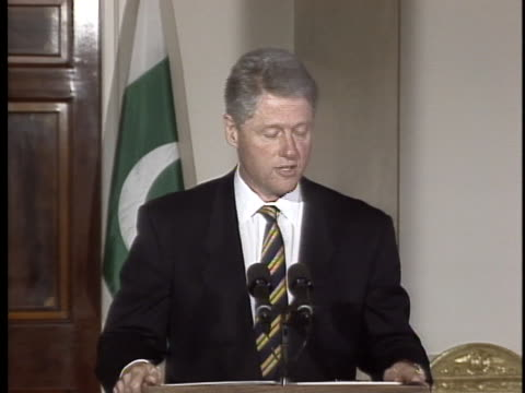 us president bill clinton gives a speech about the combined efforts between pakistan and the united states concerning terrorism and narcotic... - crime or recreational drug or prison or legal trial stock videos & royalty-free footage