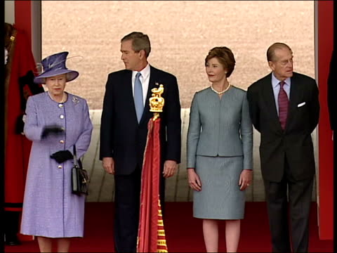 Mirror journalist breaches palace security POOL Buckingham Palace as ceremony to welcome US President George WBush in progress Bush and wife Laura...
