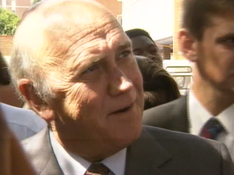 president de klerk talks about the importance of the first free elections in south africa's history - allgemeine wahlen stock-videos und b-roll-filmmaterial