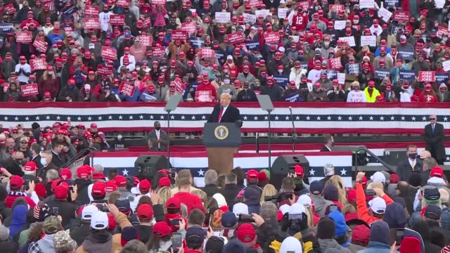 president donald trump arrived in pennsylvania on saturday to hold a campaign rally trump is scheduled to hold four rallies among different regions... - carolina del nord stato usa video stock e b–roll