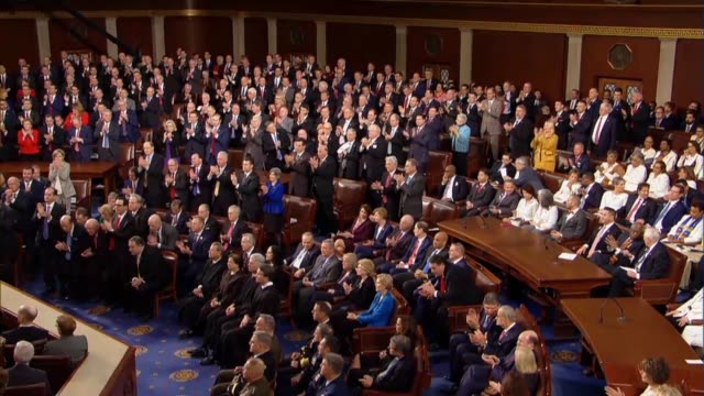 vídeos y material grabado en eventos de stock de president donald trump tells a joint session of congress in his second state of the union address that he wants people to come into the united states... - united states congress