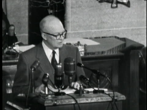 president dwight d. eisenhower delivers his 1953 state of the union message, stating that evidence is against using price controls in their present... - business or economy or employment and labor or financial market or finance or agriculture stock videos & royalty-free footage