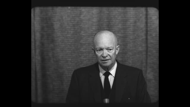 vídeos de stock, filmes e b-roll de president dwight eisenhower speaks at press conference about the state of his health as his press secretary james hagerty sits behind him / ms... - florida us state