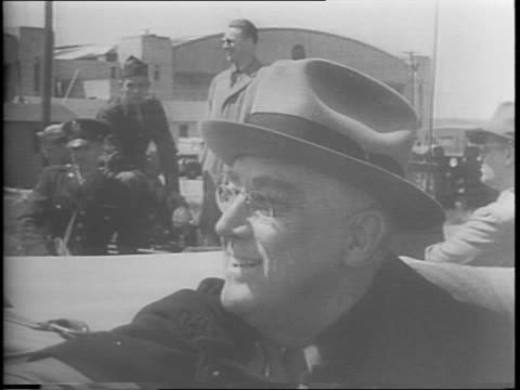 president franklin d roosevelt in convertible observes paratroopers training - fort benning video stock e b–roll